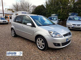 Ford Fiesta Zetec 1.2 Litre 5 Door Hatch, New MOT, Service History, Cheap Insurance Group
