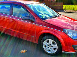Vauxhall Astra, 2006 (06) Red Hatchback, Manual Petrol, 94,500 miles