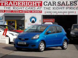2009/59 Toyota Aygo 1.0 VVTi Blue finished in Electric Blue Metallic.72,811 miles