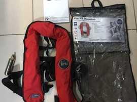 Kru XS lifejacket waistbelt would suit adult 40KG+