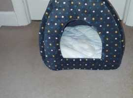 Hooded Cat Bed  - New