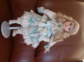 Victorian dolls x 4