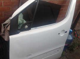 Peugeot Partner 08/15 N/S Door used slight dent