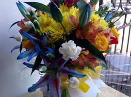 Fresh and silk floral arrangements and handmade gifts for all occasions