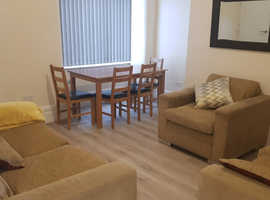 ***Master bedroom to rent in a Shared House