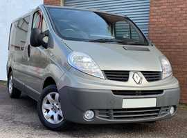 Renault Trafic 2.0 DCI SL27 115+ Rock-N-Rolla Van (Auto) Very rare Automatic day bed camper van in amazing condition