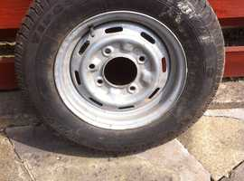 Wheel rim with tyre in good condition