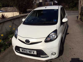 Toyota Aygo, 2012 (12) White Hatchback, Manual Petrol, 62,156 miles