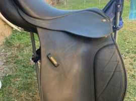 """17"""" wintec adjustable saddle"""