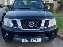 Nissan Navara, 2011 (11) black 4x4, Manual Diesel, 117468 miles