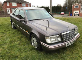 Mercedes E-CLASS, 1995 (M) Brown Saloon, Automatic Petrol, 116,000 miles