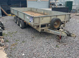 16ft x 6.6ft tri axle Ifor Williams trailer