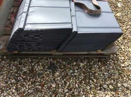 Lightweight metal roof tiles