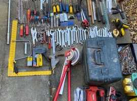 LOTS OF POWER TOOLS & HAND TOOLS