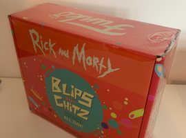Brand New Funko POP Vinyl Rick and Morty Blips and Chitz Arcade Exclusive Collector Box Set