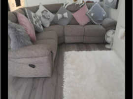 Corner settee  and chair reclyning