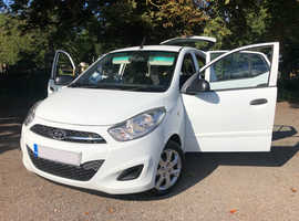 Hyundai i10, 2012 (61) White Hatchback, Manual Petrol, 128000 miles - £2100