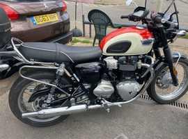 T100LC Bonnie/ Excellent condition.