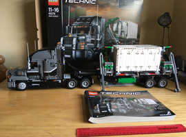 2019 LEGO TECHNIC 42078 MACK ANTHEM TRUCK