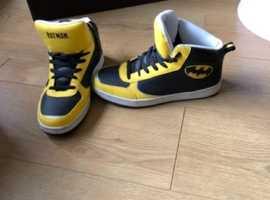 Batman bootsMens 8