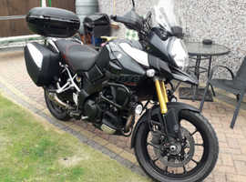 Suzuki v Strom 1000dl 2015 must see lots of extras DONT MISS THIS.
