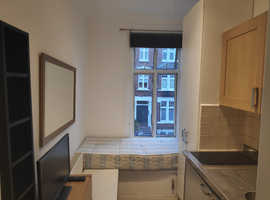Single Studio for Rent - 67 Lime Grove