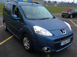 Citroen Berlingo Multispace, 2014 (14) Blue MPV, Semi auto Diesel, 143,000 miles
