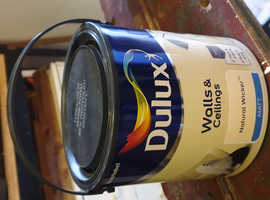 Dulux paint, unopened 2.5l 'Natural Wicker' for walls and ceilings.