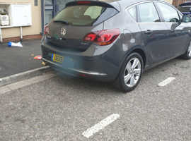 Vauxhall Astra, sri 2013 (13) Grey Hatchback, Manual Diesel, 87,216 miles