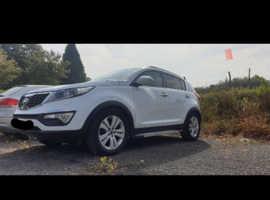 Kia Sportage, 2013 (13) White 4x4, Manual Diesel, 112,000 miles