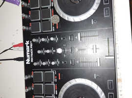 Numark mixtrak Pro II dj controller
