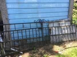 STEEL YARD GATES   AND ENTRY