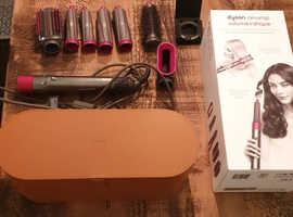 Dyson Airwrap volume & shape with leather case & original box!