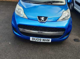 Peugeot 107, 2009 (09) Blue Hatchback, Manual Petrol, 54,255 miles 1st to see will buy.