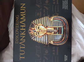 New collectors tutankhamyn book /collectibles