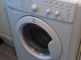 INEDESIT WASHER DRYER 10 yrs old full working order