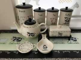 """Tea/Coffee/Sugar/Biscuit Barrell, Tea pot, spoon rest, tea bag holder etc. as photos - Large collection of """"Price and Kensington Home Farm"""" used kitch"""