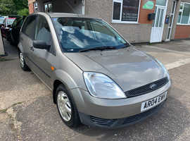 Ford Fiesta, 2004 (04) Silver Hatchback, Manual Petrol, 98,000 miles