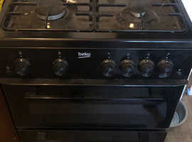 Becko Gas Oven (Taken subject to collection)