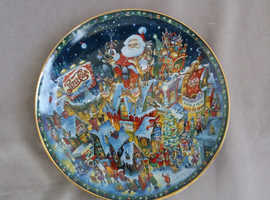 Highly Collectable Pepsi-Cola Christmas Plate by The Franklin Mint Heirloom Collection.