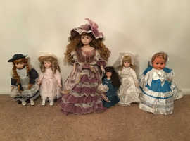 6 Vintage collectible dolls