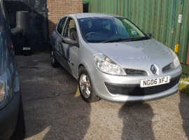 Renault Clio, 2006 (06) Silver Hatchback, Manual Petrol, 98,000 miles