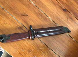 Ak47 bayonet with wire cutting scabbard