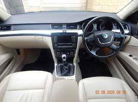 Skoda Superb, 2011 (11) Black Hatchback, Manual Diesel, 94,150 miles