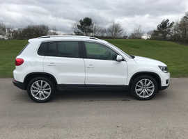 Volkswagen Tiguan, 2015 (65) White SUV, Manual Diesel, 48,000 miles