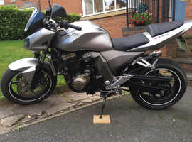 Kawasaki Z 750  very low miles vgc.