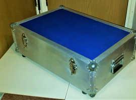 Medium hard aluminium  secure flight case