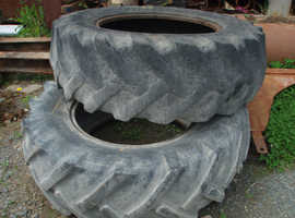 REAR DIGGER TYRES - FREE FREE FREE
