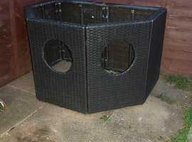 Blagdon Affinity Half moon pond frame , pump/filter system