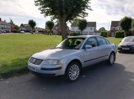 Volkswagen Passat, 2002 (52) Blue Saloon, Manual Diesel, 165,000 miles
